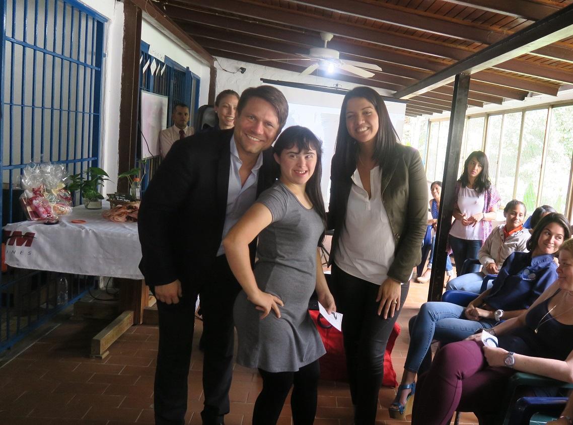 fundasitio-comparte-jornada-con-jovenes-de-asodeco