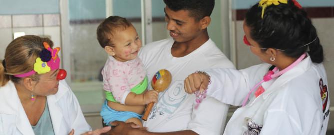 fundasitio-rafael-nuñez-aponte-Doctor Yaso ¡Risas y alegría contra el dolor y las enfermedades!